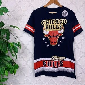 NBA Chicago Bulls Graphic Tee Shirt